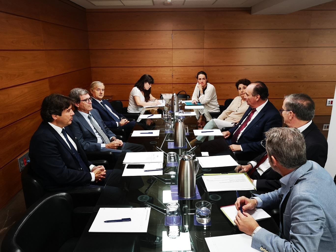 comision puertos camara espana reclama creacion secretaria estado puertos