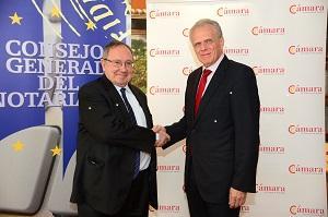 José Manuel García Collantes, y el presidente de la Cámara de España, José Luis Bonet, han sido los encargados de firmar el acuerdo.