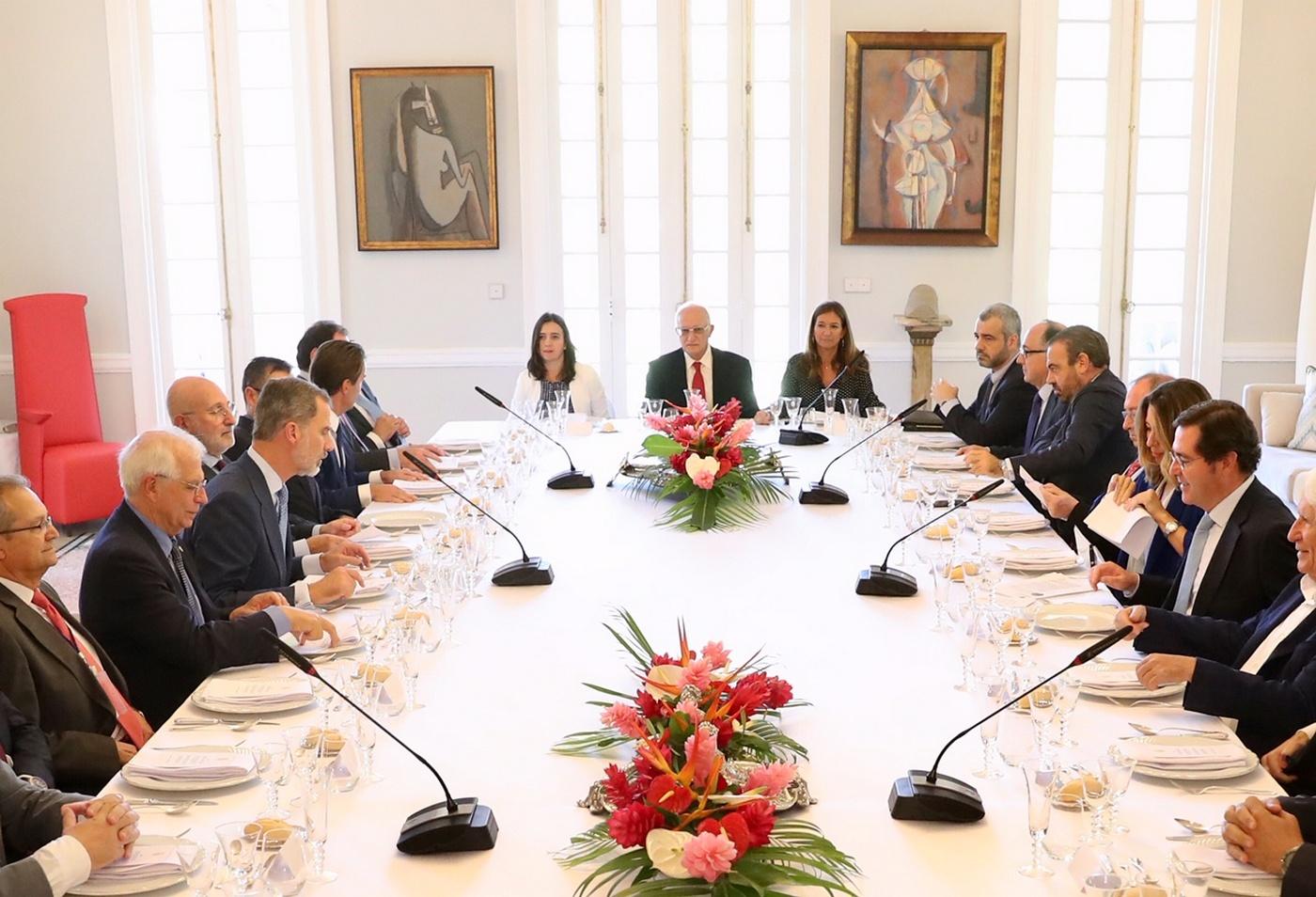 Presidente Camara Espana Rey Cuba economicos